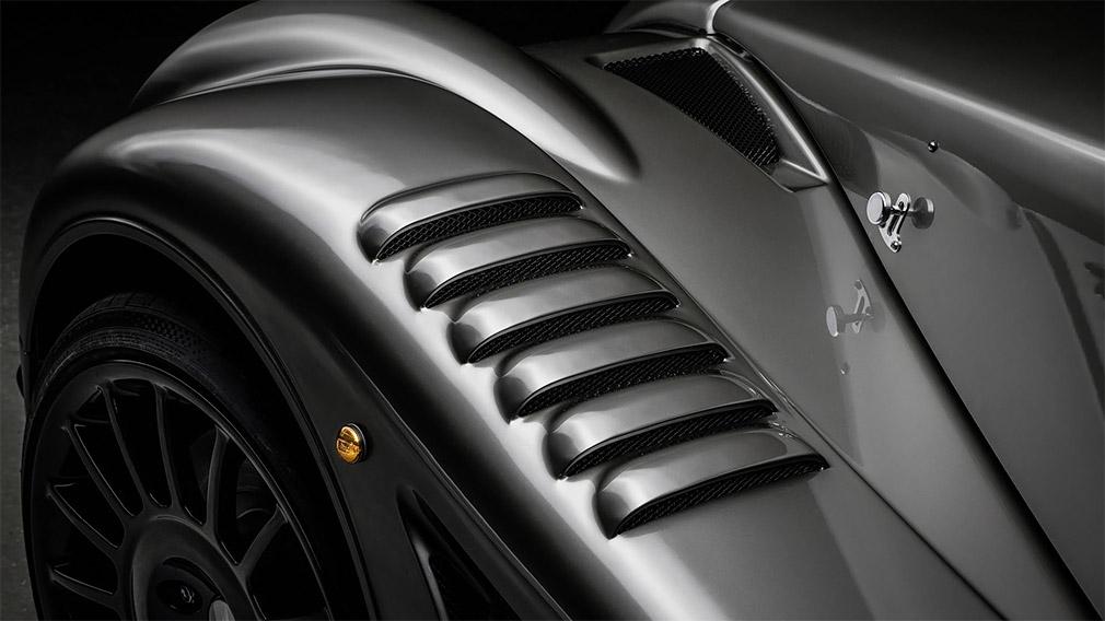 Morgan в Женеве представила последнюю модель с 4,8-литровым V8 от BMW