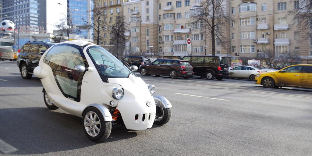 Трехколесный электрический автомобиль создали в России
