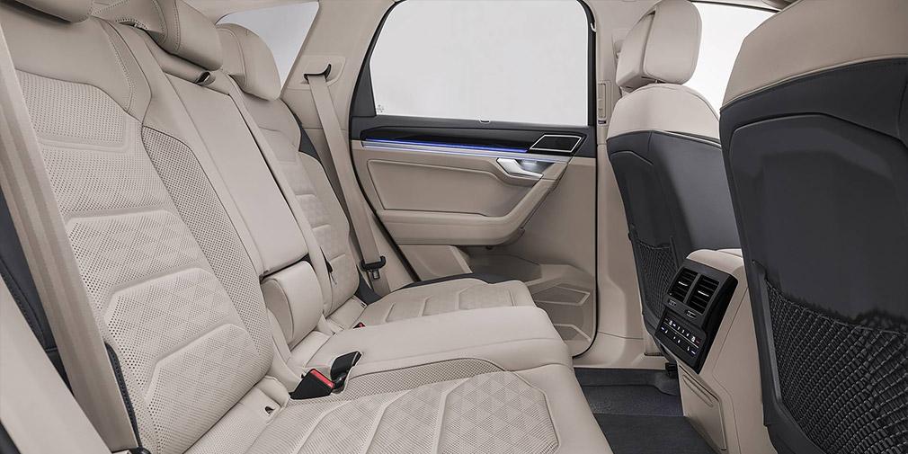 Volkswagen официально представил новое поколение внедорожника Touareg