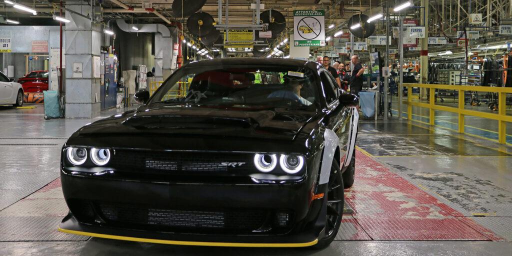 Последний маслкар Dodge Challenger SRT Demon пойдет с молотка