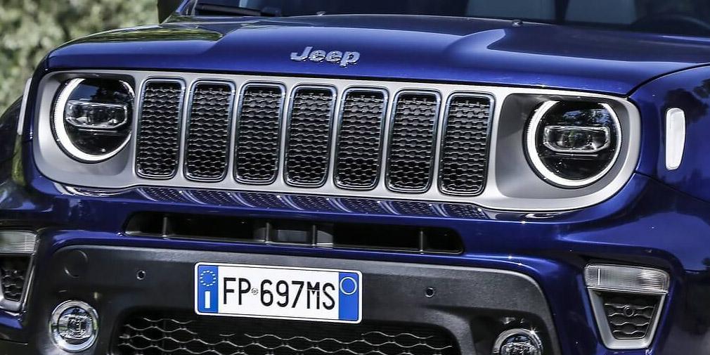 Jeep официально представила обновленный внедорожник Renegade