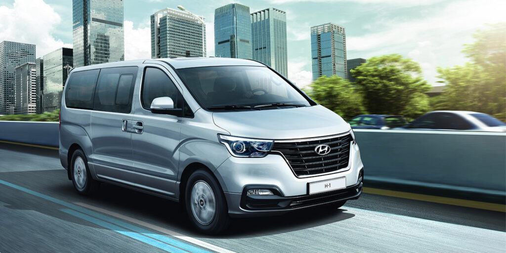 Стартовали российские продажи обновленного минивэна Hyundai H-1