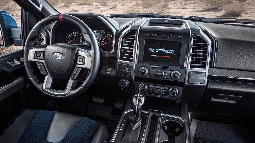 У пикапа Ford F-150 Raptor появился внедорожный круиз-контроль