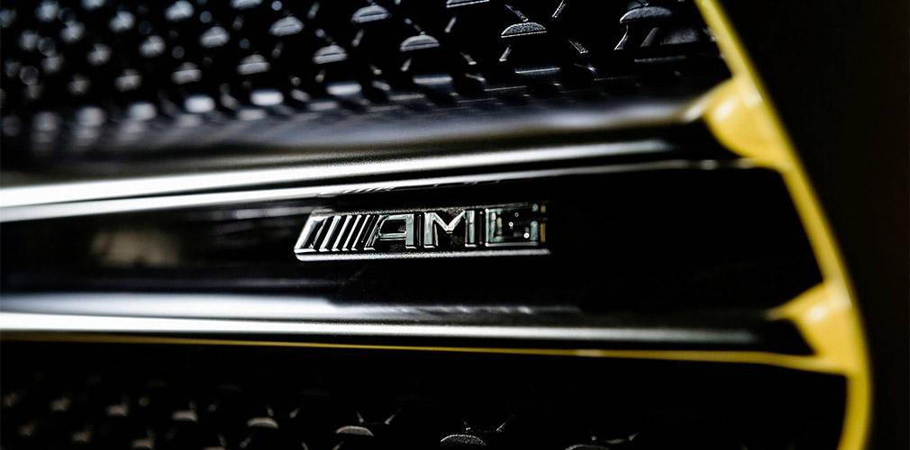 Mercedes-Benz анонсировала дебют спортивной версии нового A-Class