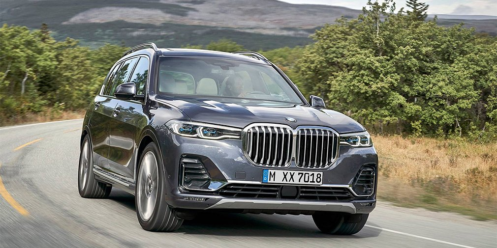 BMW сертифицировала новую версию BMW X7 в России