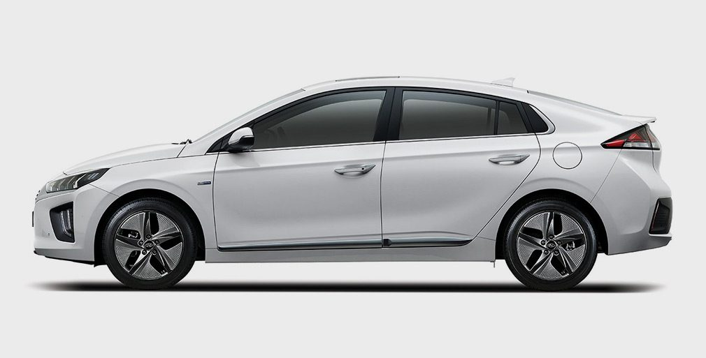 Компания Hyundai обновила гибридный Ioniq