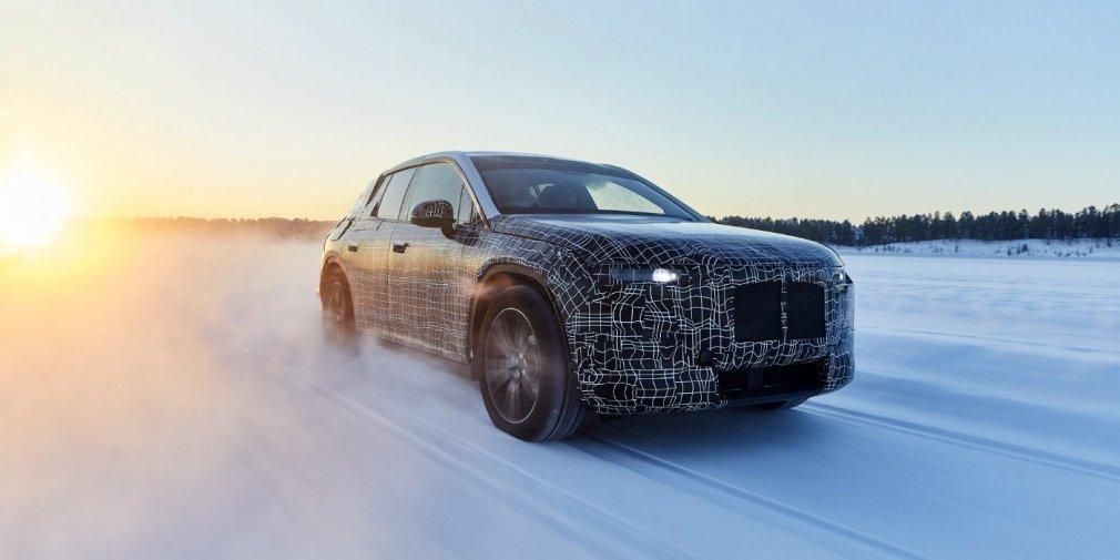 BMW рассказала о зимних испытаниях электрического кроссовера BMW iNext