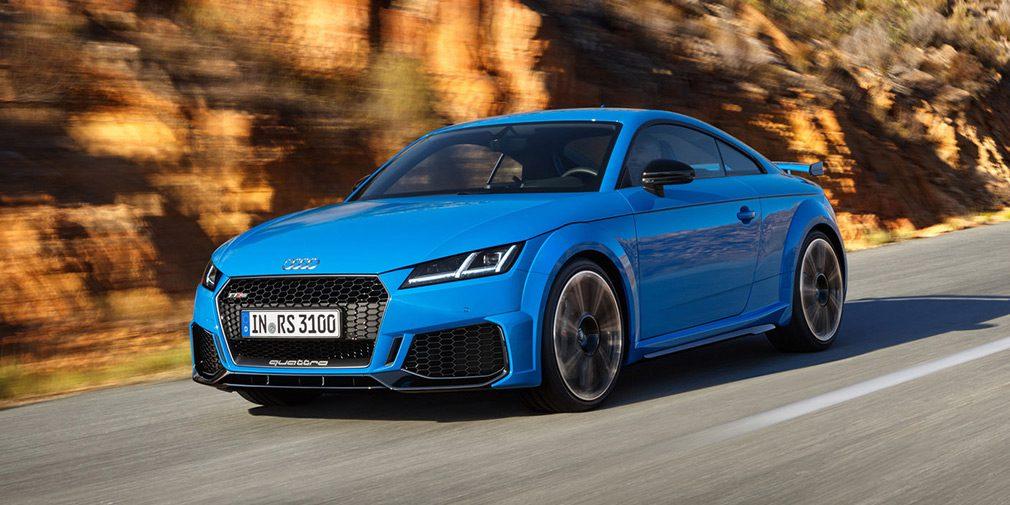 Audi представила слегка обновленные купе и родстер Audi TT RS