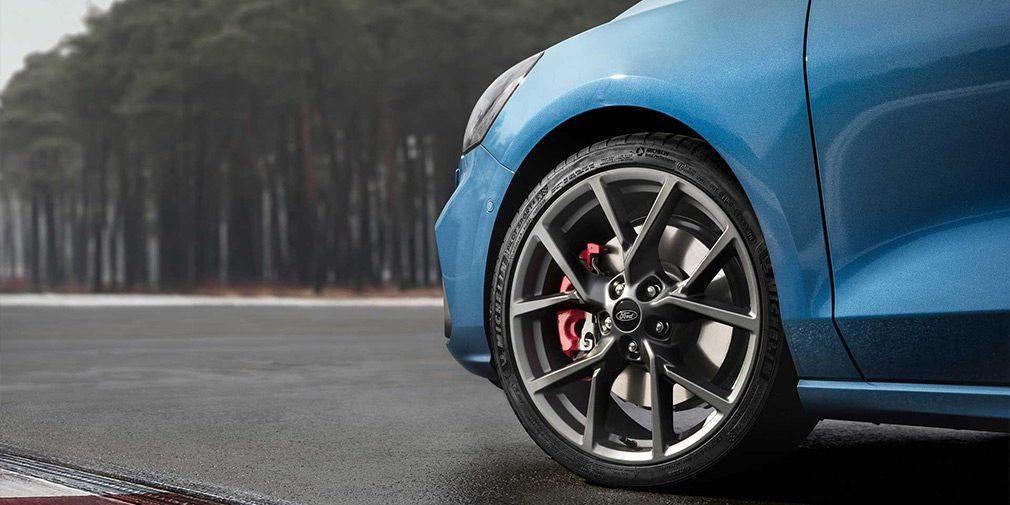 Новый Ford Focus ST стал мощнейшим в истории модели