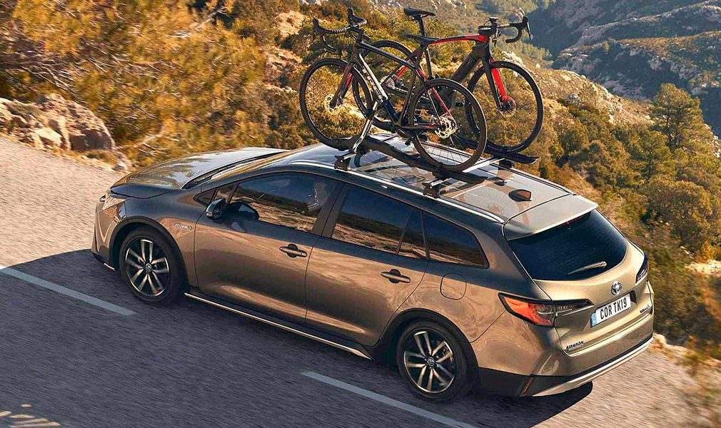 Toyota представила вседорожную и спортивную версии модели Corolla