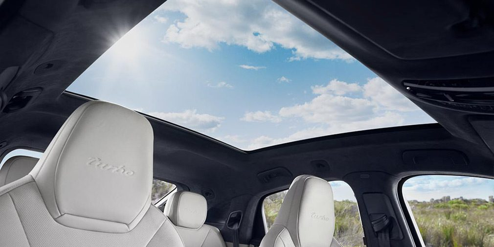 Представлен новый кроссовер Porsche Cayenne Coupe
