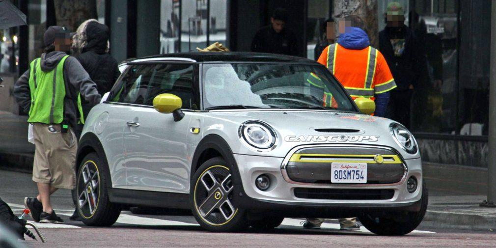 Электрический Mini Cooper S E без камуфляжа показали на фото