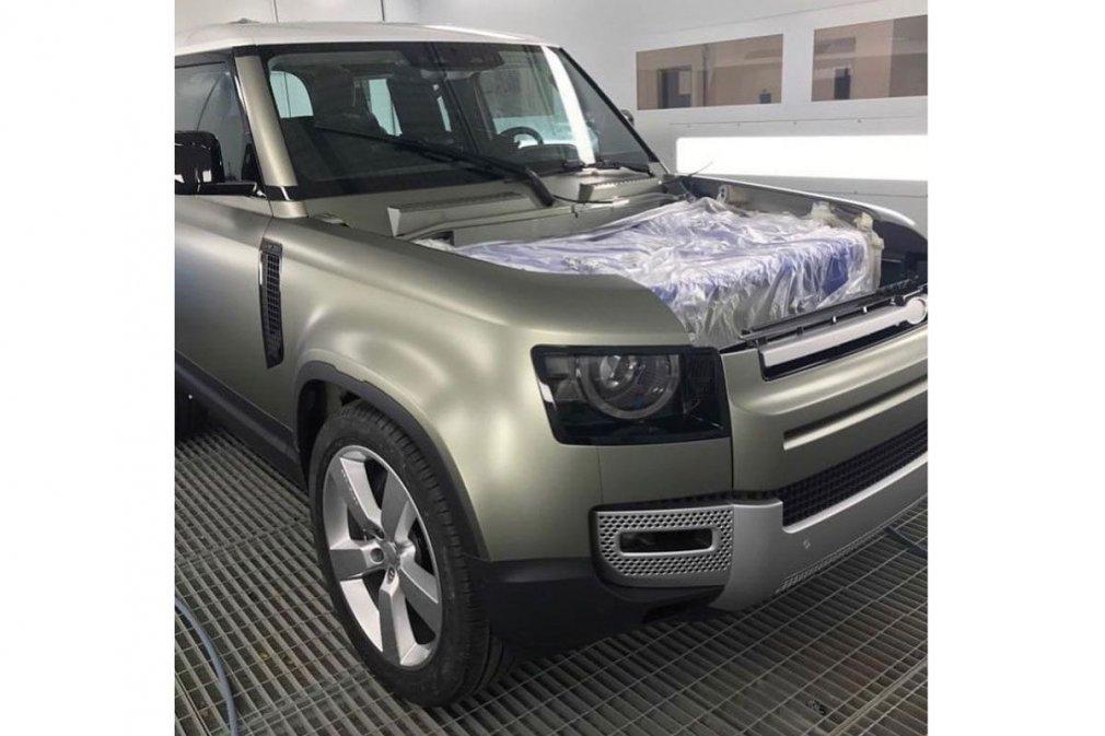 Новый Land Rover Defender сфотографирован без камуфляжа