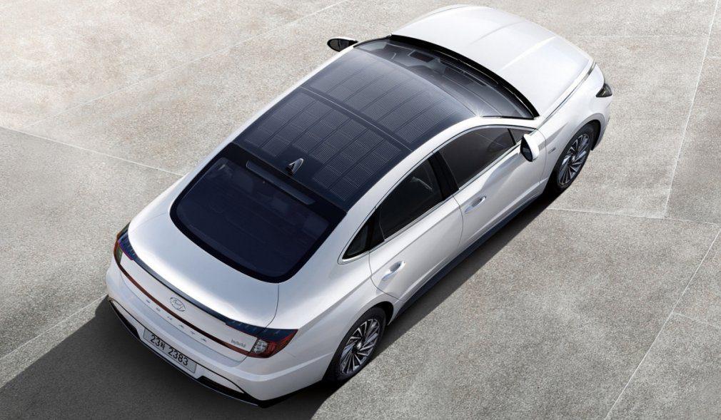 Hyundai Sonata Hybrid обзаведётся крышей из солнечных батарей