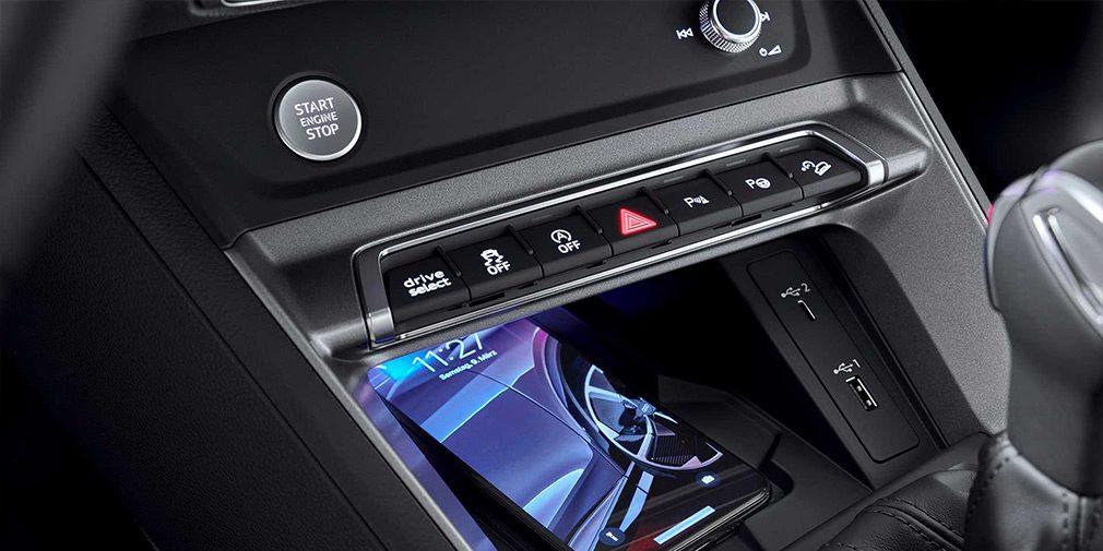 Audi представила новый купе-кроссовер Q3 Sportback