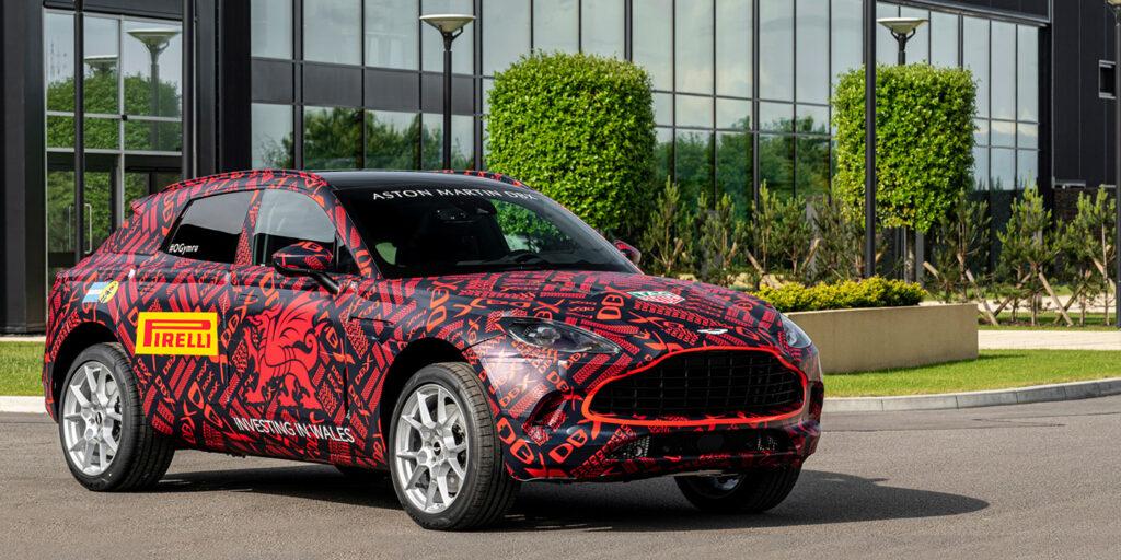 Серийный кроссовер Aston Martin дебютирует в декабре
