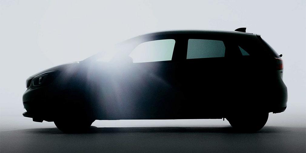 Honda продемонстрировала первое изображение нового Jazz