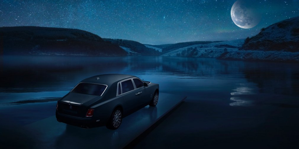 Rolls-Royce Phantom с фрагментом метеорита приехал в Россию