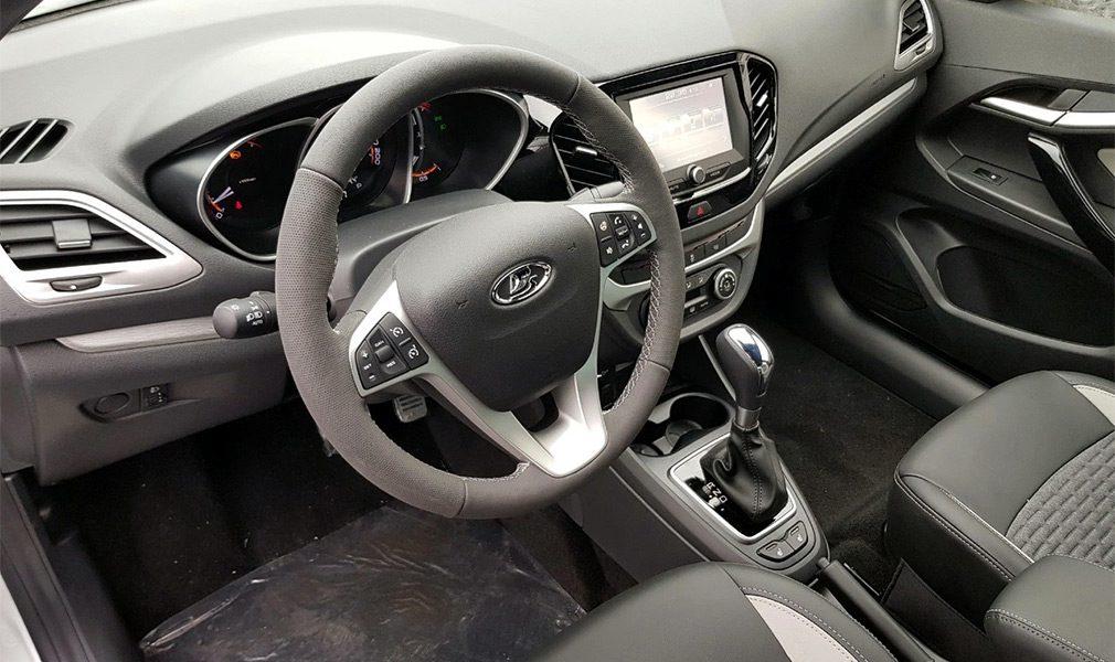 Фотографии обновлённой Lada Vesta появились в Сети