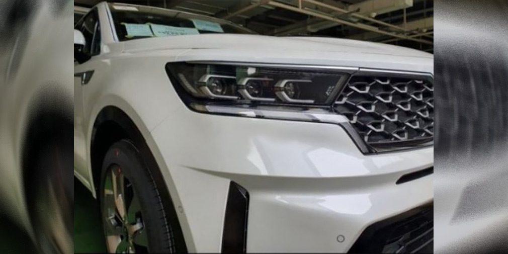 Новый Kia Sorento получит интерьер в стиле актуальной Optima