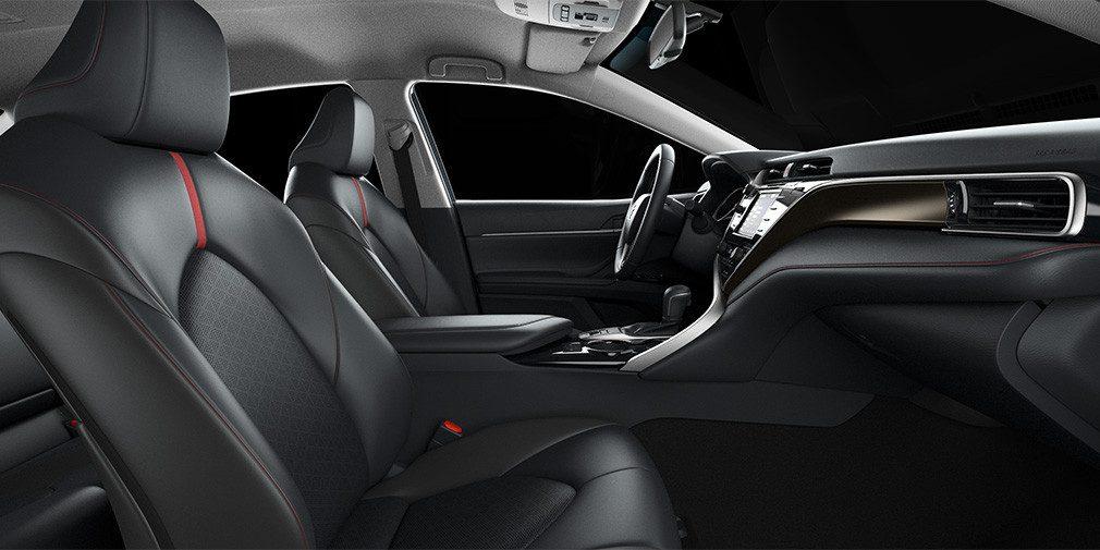 В России появилась спортивная версия Toyota Camry S-Edition