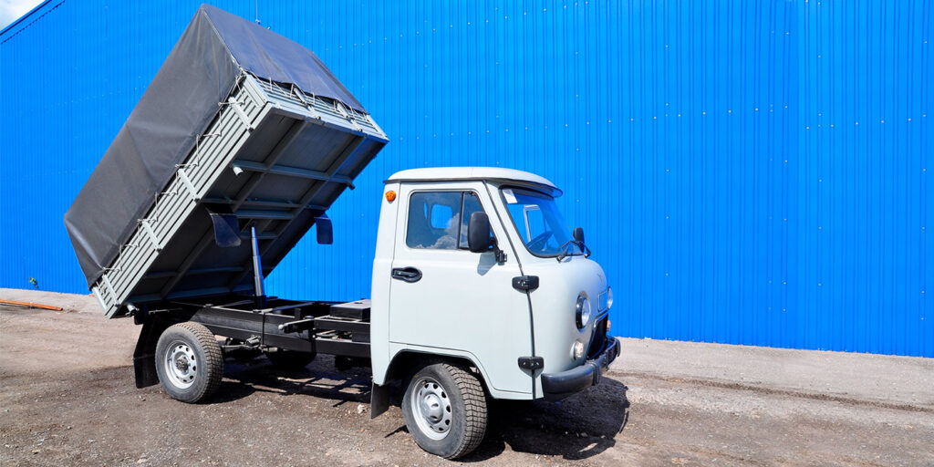 УАЗ выпустил самосвал на базе УАЗ «Буханки»