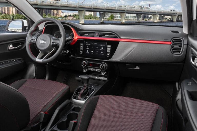 На российском рынке начались продажи обновленного Kia Rio