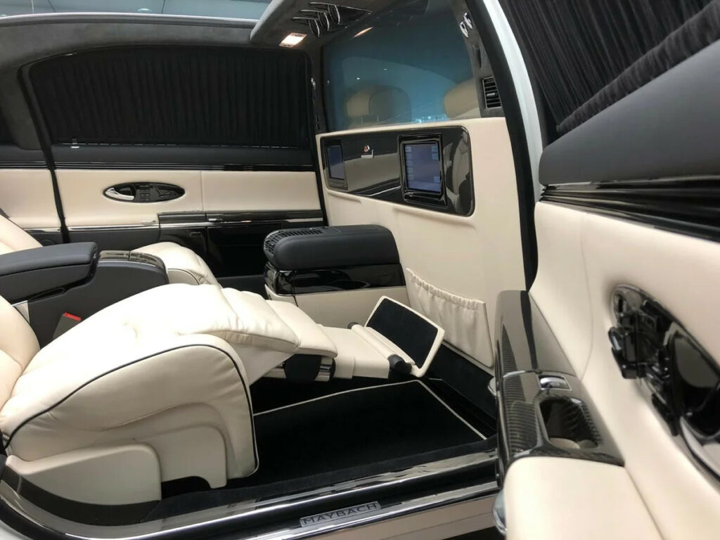 В России продают самый дорогой Maybach, просят 130 млн рублей
