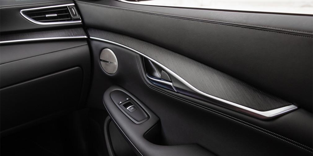 Infiniti привезет в Россию новый купе-кроссовер Infiniti QX55
