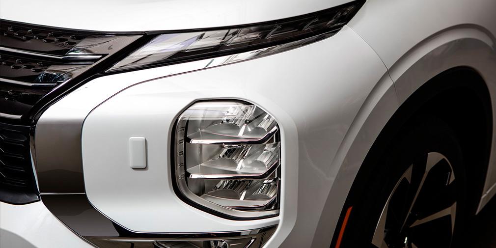 Компания Mitsubishi представила четвертое поколение кроссовера Outlander