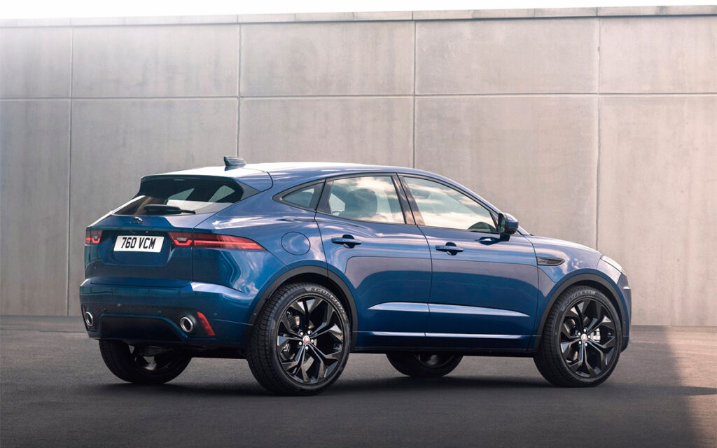 Дилеры Jaguar в РФ начали прием заказов на обновленный кроссовер E-Pace