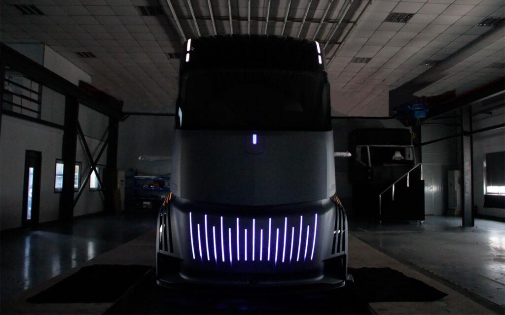 Новый электрический грузовик от Geely станет конкурентом Tesla Semi в 2021 году