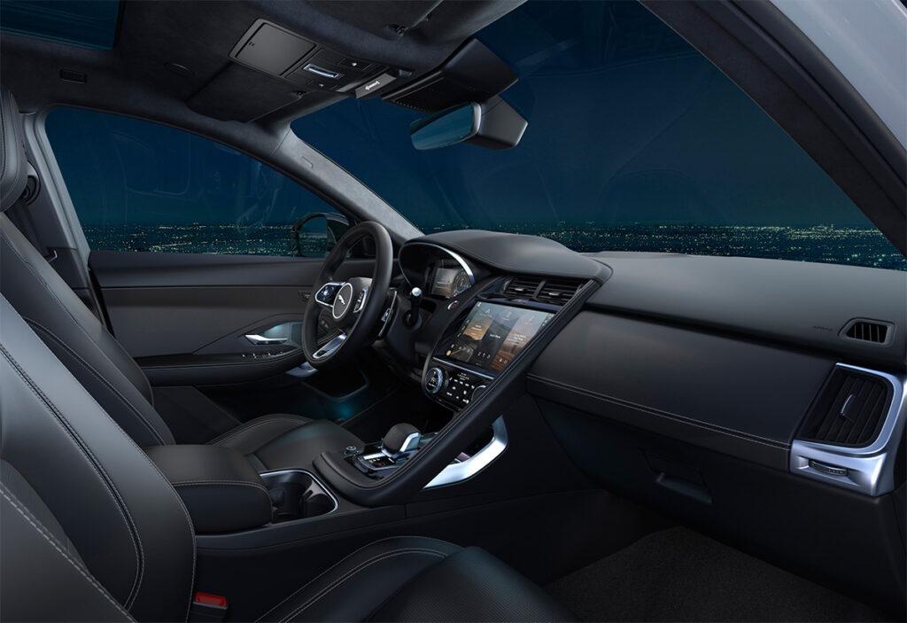 Кроссовер Jaguar E-Pace получил в РФ новую спецверсию R-Dynamic Black
