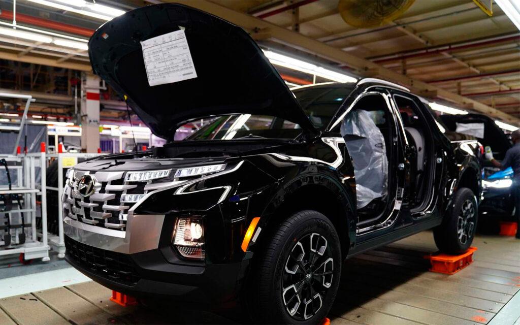Hyundai запустил серийное производство пикапа Santa Cruz на базе Tucson