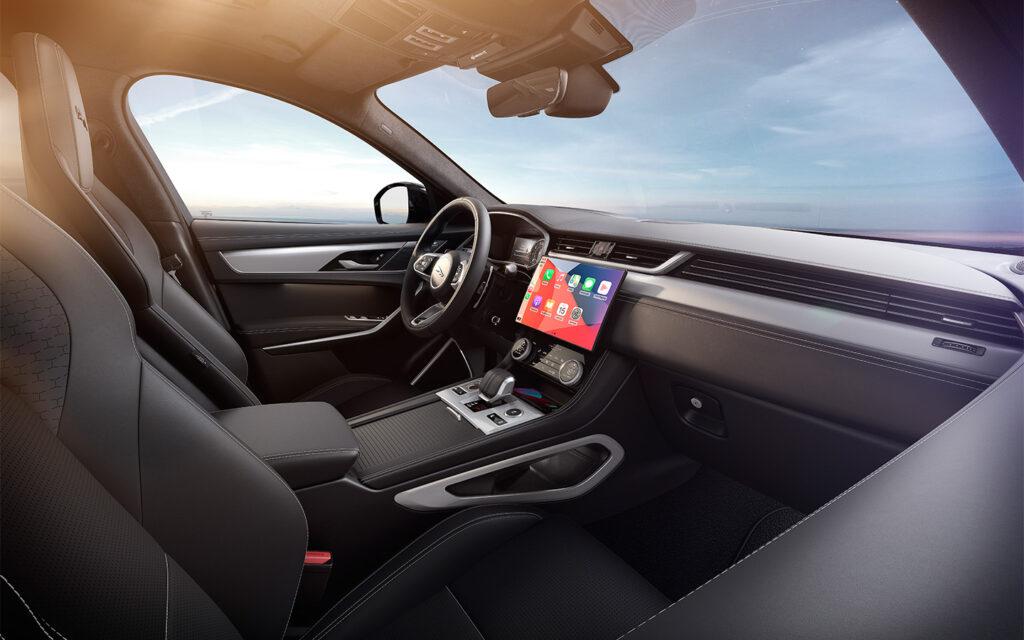 Jaguar в РФ начала продажи обновленного кроссовера Jaguar F-Pace 2022 модельного года
