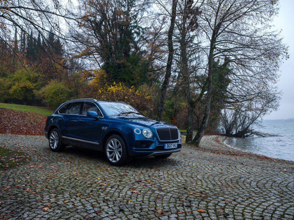 Bentley в России начала продажи спортивной версии Bentayga с V8