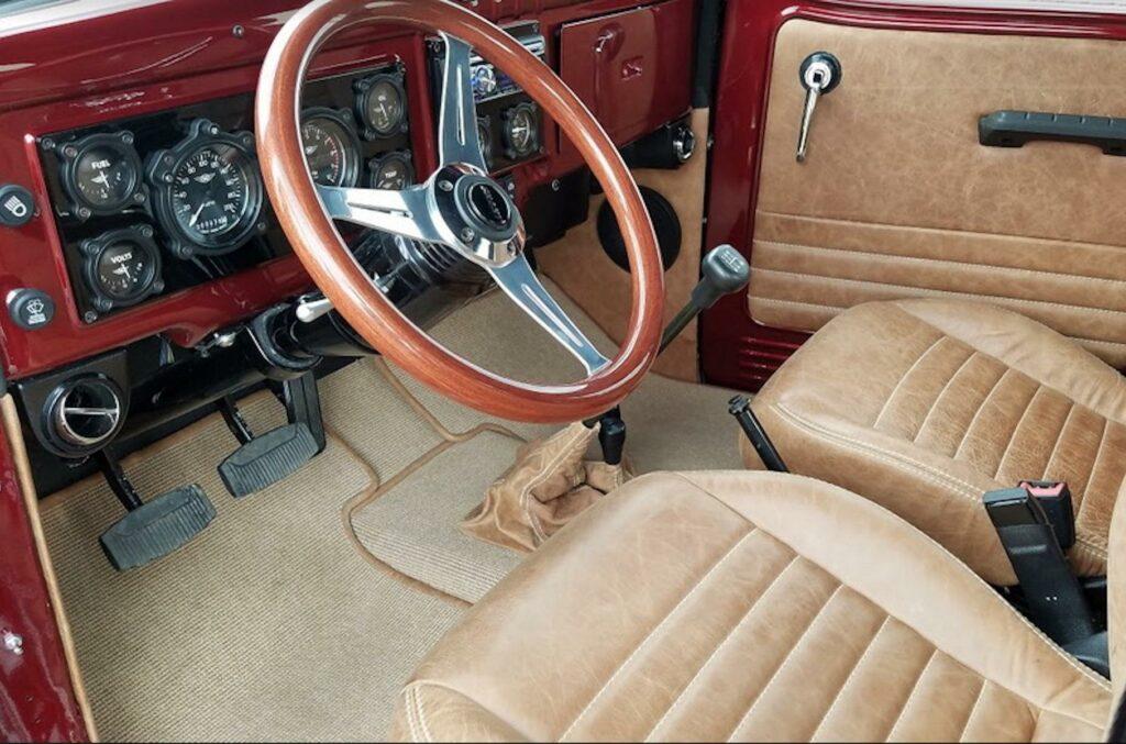 Идеальный 71-летний Dodge продают за 13,5 млн рублей