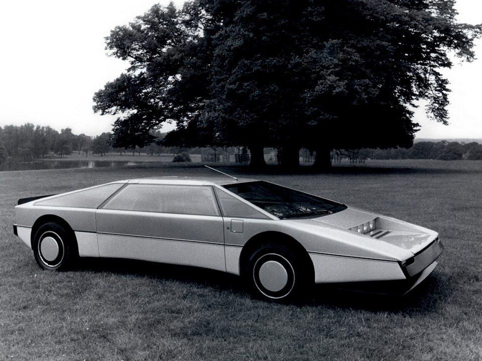 Названы ТОП-3 самых дорогих автомобилей