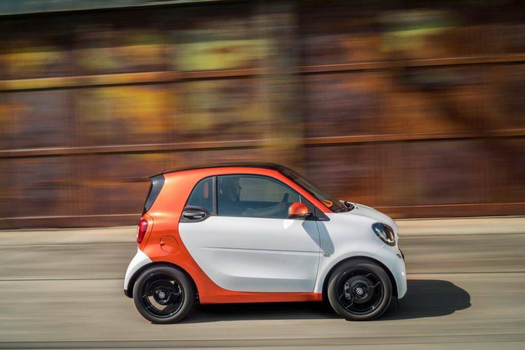 Немецкий концерн Daimler может закрыть марку Smart