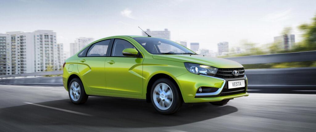 Названы самые популярные автомобили C-класса в России
