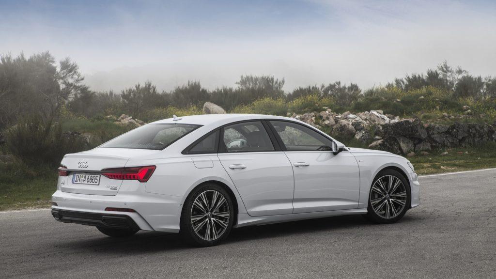 Новый седан Audi A6 45 TFSI quattro стал доступен для заказа в России