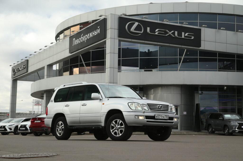 В России обнаружен внедорожник Lexus с пробегом 1 млн километров