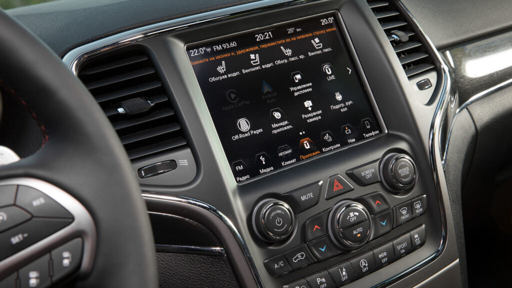 В РФ стартовали продажи внедорожников Jeep Grand Cherokee Trailhawk