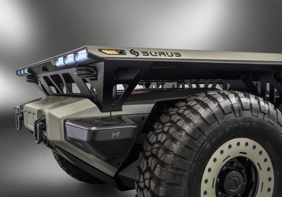 Компания GM показала автономное грузовое шасси на топливных ячейках