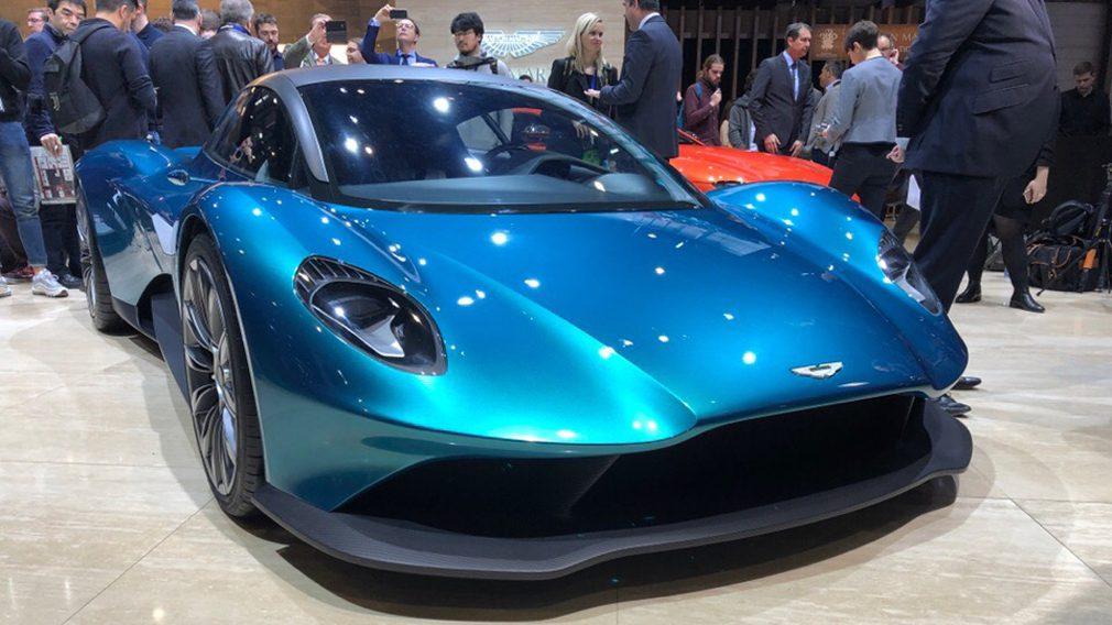 Новый Aston Martin Vanquish получит механическую КПП