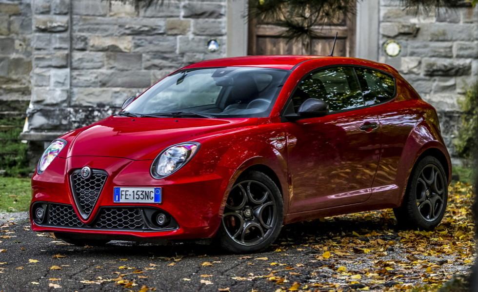 Компактный хэтчбек MiTo  Alfa Romeo превратит в кроссовер