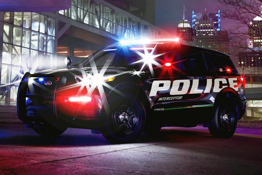 Новый кроссовер Ford Explorer превратили в полицейскую машину