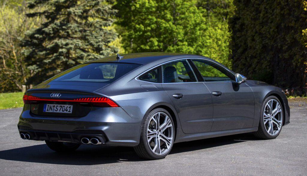 В России появились «заряженные» Audi S6 и Audi S7 Sportback