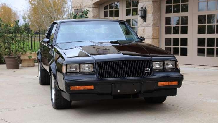 30-летний Buick GNX без пробега продают за 100 000 долларов