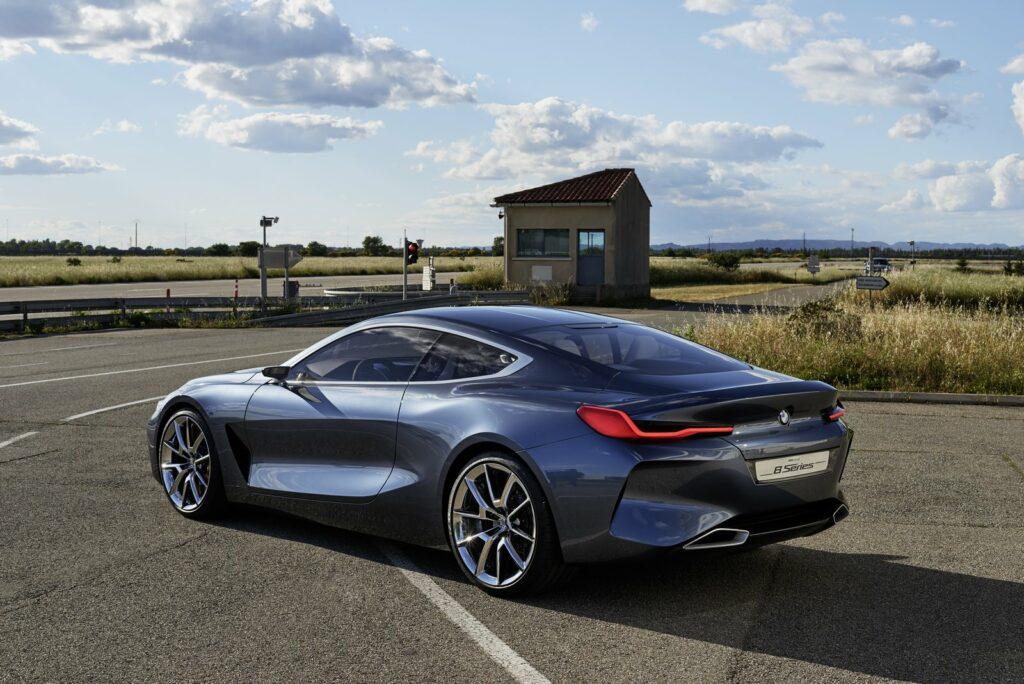 Выпуск купе BMW 8-Series стартует в 2018 году